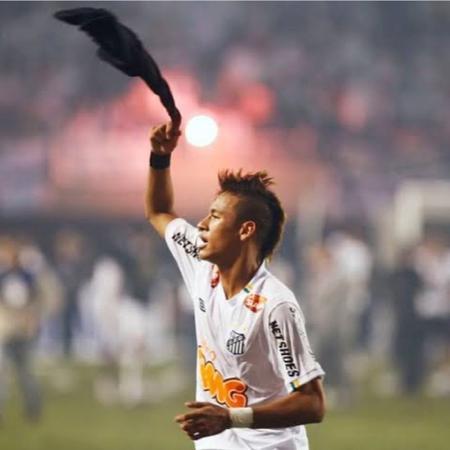 Neymar celebra aniversário de Libertadores pelo Santos - Reprodução/Instagram