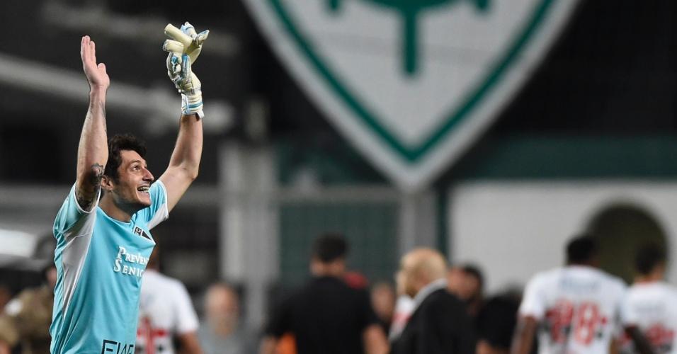 Denis comemora a classificação do São Paulo para a semifinal da Libertadores