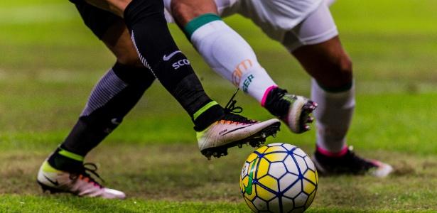 Patrocinadores de camisa e material esportivo renderam ao Palmeiras uma receita de R$ 69,8 mi em 2015