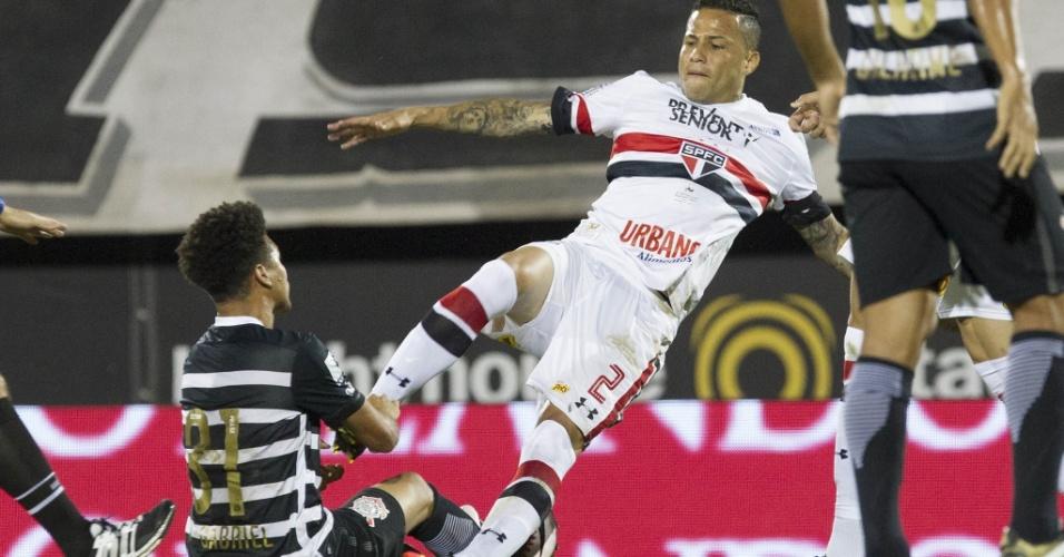 Marquinhos Gabriel, do Corinthians, se estranha com Bruno, do São Paulo