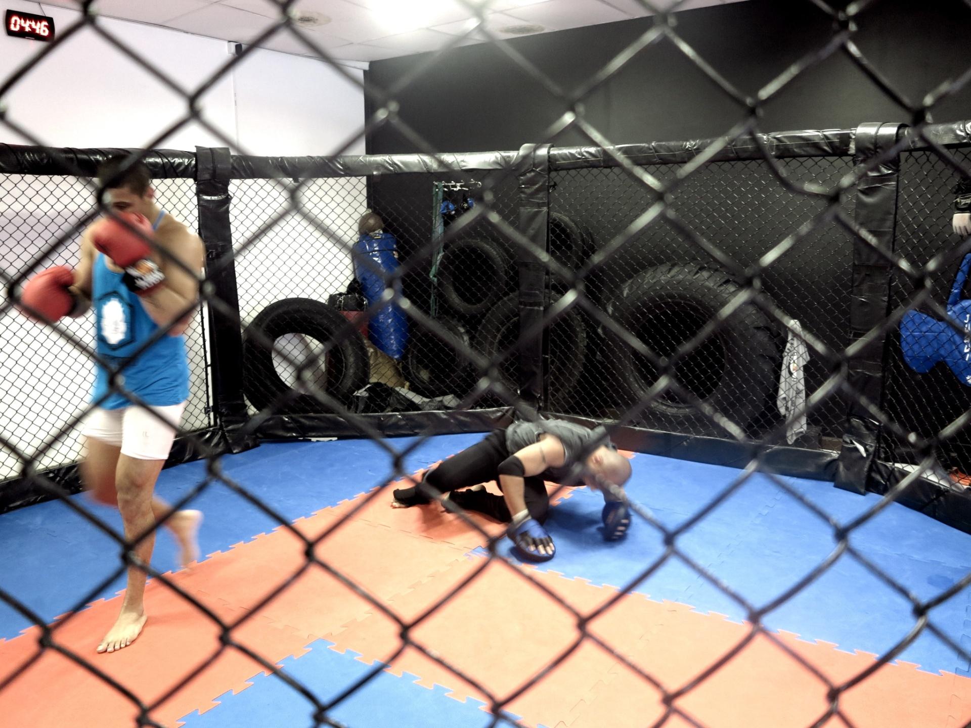 Quemuel Ottoni treina para sua luta no Thunder Fight em São Paulo