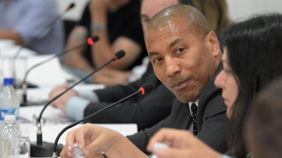 Mauro Silva, vice da FPF, organizou encontro com os atletas - Divulgação/FPF