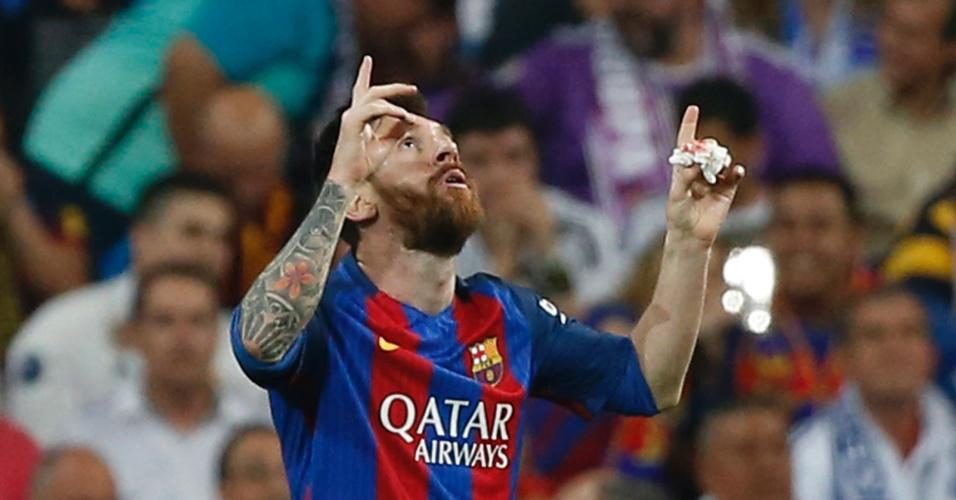 Messi comemora após empatar o placar contra o Real Madrid