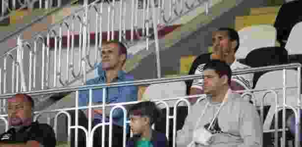 Milton Mendes observa o clássico entre Vasco e Flamengo pelo sub-20 - Paulo Fernandes / Site oficial do Vasco - Paulo Fernandes / Site oficial do Vasco