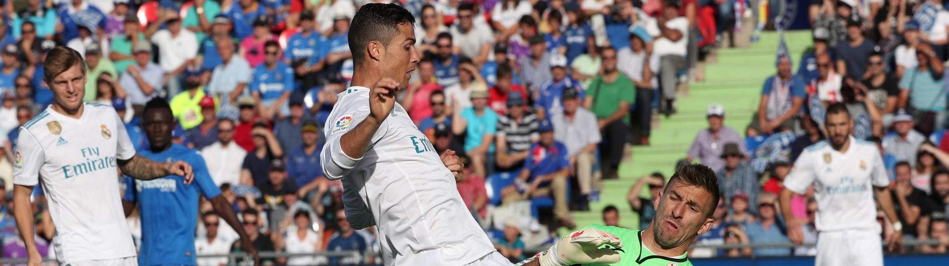 Goleiro Guaita salva o Getafe em tentativa de gol de Cristiano Ronaldo