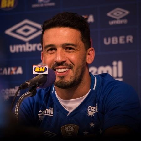 Lateral direito Edílson, do Cruzeiro, está na lista de atletas observados por Tite - Cruzeiro/Divulgação