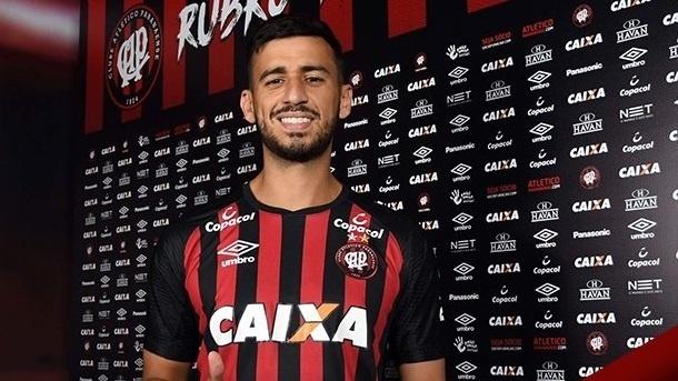Camacho foi anunciado pelo Atlético-PR