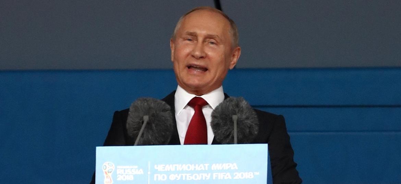 Vladimir Putin discursa na cerimônia de abertura da Copa do Mundo da Rússia - Ryan Pierse/Getty Images