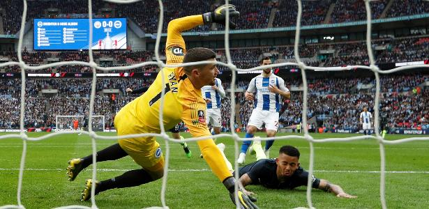 Gabriel Jesus abre o placar para o Manchester City - Reuters/John Sibley