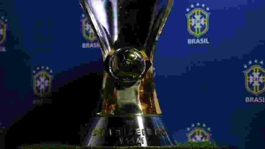 Taça de campeão do Campeonato Brasileiro - Fernando Torres/CBF