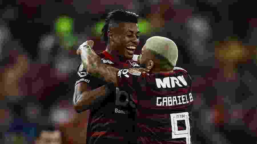 Bruno Henrique e Gabigol comemoram gol do Flamengo; atacantes se destacam em 2019 - Buda Mendes/Getty Images