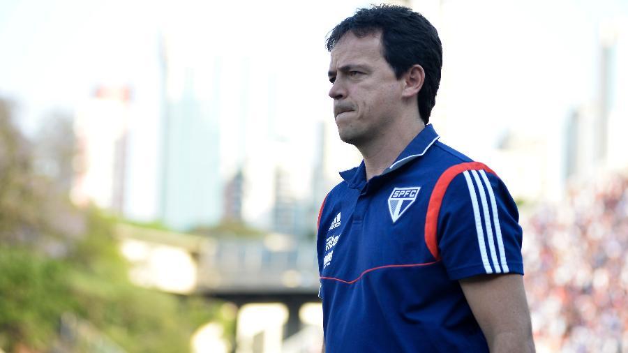 Técnico Fernando Diniz comanda São Paulo em vitória sobre o Fortaleza, no Brasileirão de 2019 - Bruno Ulivieri/AGIF