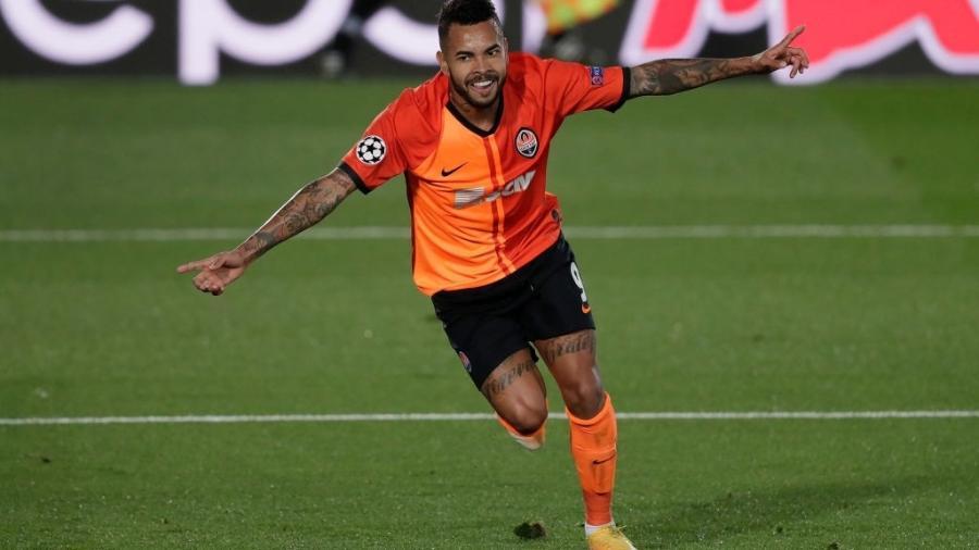 Dentinho está na reta final do contrato com o Shakhtar Donetsk - Getty Images