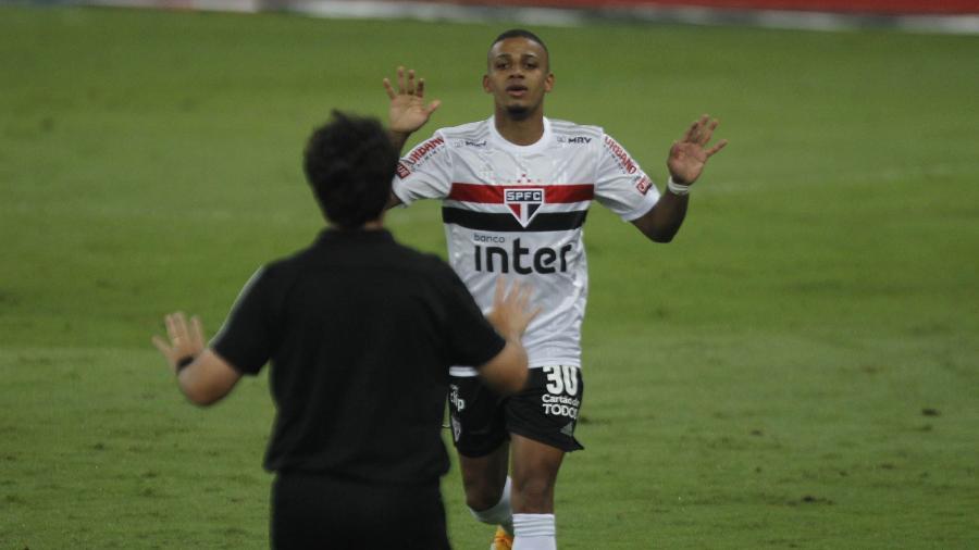 Brenner, do São Paulo, comemora o seu gol  - PAULO SéRGIO/ESTADÃO CONTEÚDO