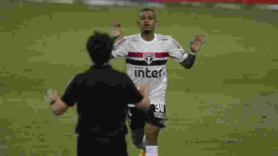 Brenner, do São Paulo, comemora o seu gol durante a partida de ida das quartas de final  da Copa do Brasil de 2020 contra o Flamengo - PAULO SéRGIO/ESTADÃO CONTEÚDO
