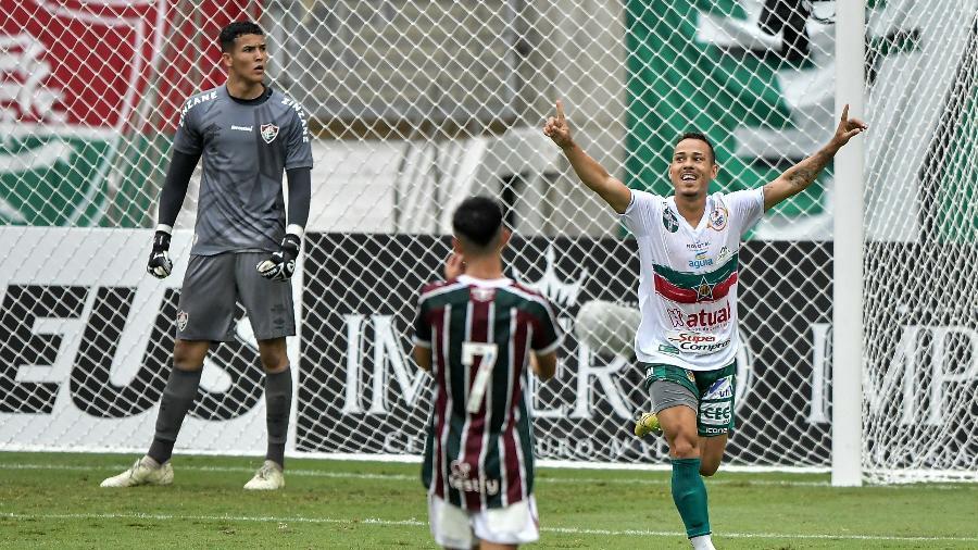 Portuguesa venceu o Fluminense no Maracanã e assumiu liderança do Campeonato Carioca - Thiago Ribeiro/AGIF