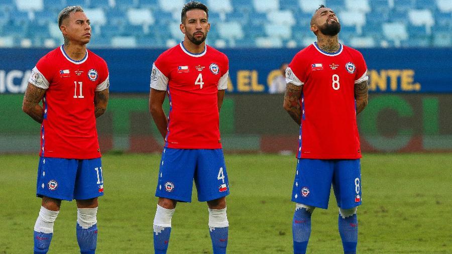 Em litígio com a Nike, Chile vai a campo contra Bolívia com marca encoberta em partida pela Copa América - Gil Gomes/AGIF