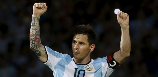 Vitórias sobre Chile e Bolívia nas Eliminatórias impulsionaram Argentina para o topo