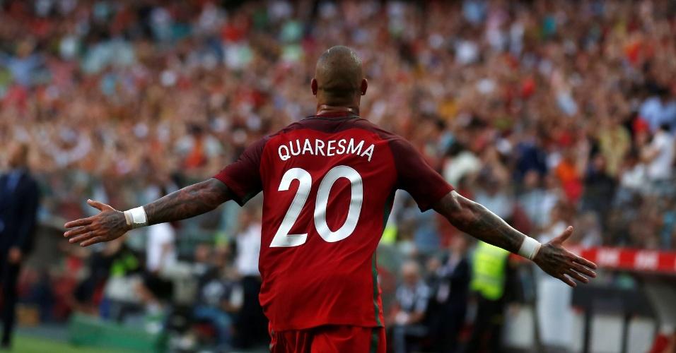 Ricardo Quaresma comemora gol em amistoso Portugal x Estônia em Lisboa