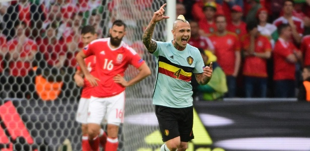 Naiggolan comemora gol marcado pela seleção da Bélgica sobre o País de Gales