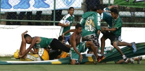Briga entre torcedores do Gama e Brasiliense