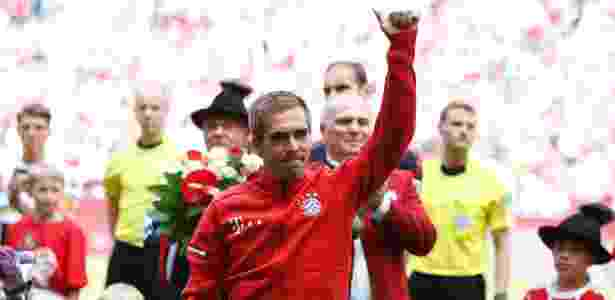 Lahm recebe homenagem antes de partida do Bayern na Allianz Arena - Michaela Rehle/Reuters