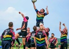 Liga alternativa de rúgbi recebe atletas gays e reúne milhares de adeptos