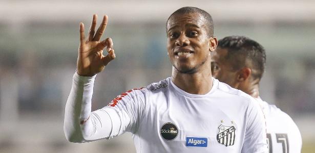 Copete sequer foi relacionado nos dois últimos jogos do Santos na temporada - Marcello Zambrana/AGIF