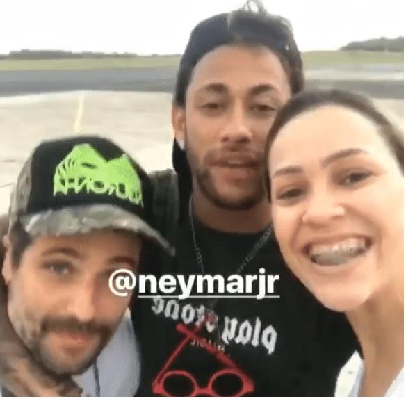 Neymar com Bruno Gagliasso em Fernando de Noronha