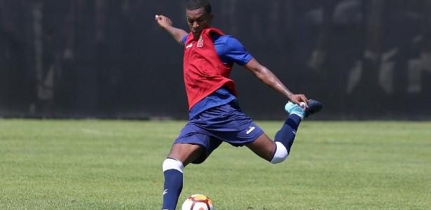Erazo deixou o Vasco para assinar com o Barcelona-EQU, time que o revelou