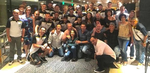 Bragantino e elenco de Trair e Coçar é Só Começar?: concentração diferente deu resultado - Reprodução/Facebook