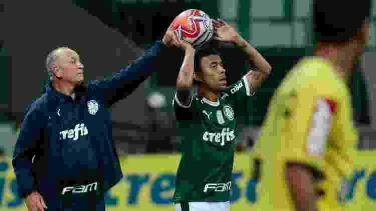 Felipão e Marcos Rocha em jogo Palmeiras x Santos - Marcello Zambrana/AGIF - Marcello Zambrana/AGIF