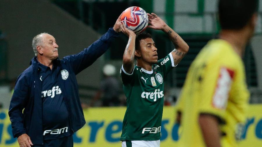 Marcos Rocha, lateral-direito do Palmeiras, durante clássico contra o Santos no último dia 23 - Marcello Zambrana/AGIF
