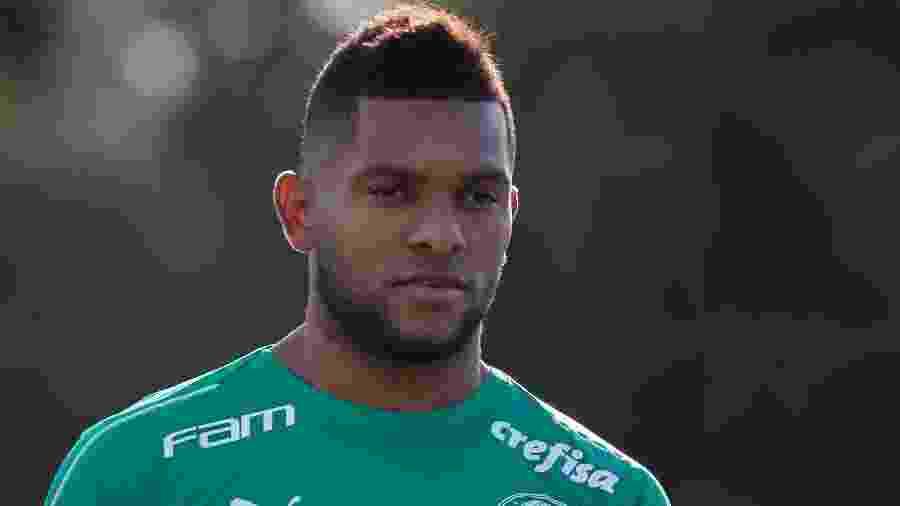 Atacante Miguel Borja durante treinamento do Palmeiras na Academia de Futebol - Marcello Zambrana/AGIF