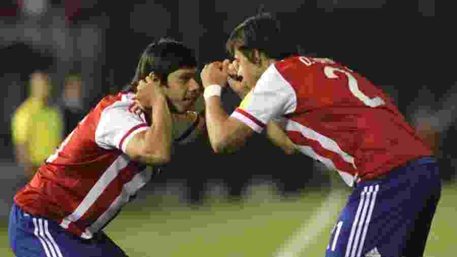 Óscar Romero e Ángel Romero, em partida do Paraguai - Luis Vera/LatinContent via Getty Images