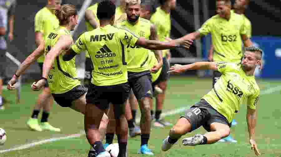 Treino do Flamengo à véspera da final da Libertadores contra o River Plate, em Lima - Raul Sifuentes/Getty Images