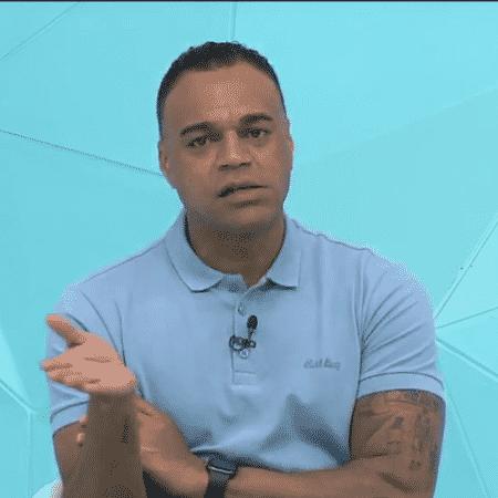 Denílson, comentarista do Jogo Aberto - Reprodução/TV Band