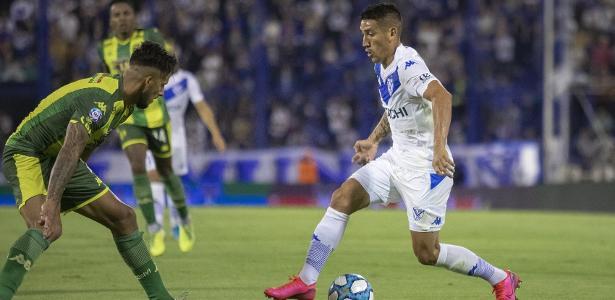 Post de Centurión gera polêmica após derrota por 7 a 1 para Boca Juniors