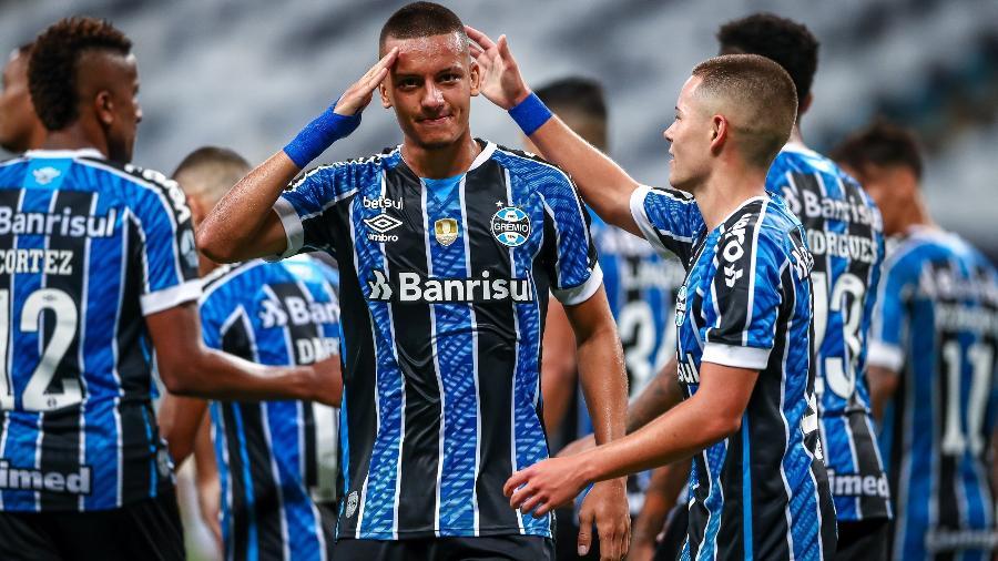 Ricardinho, do Grêmio, tem família ameaçada após gols perdidos - Lucas Uebel/Grêmio FBPA