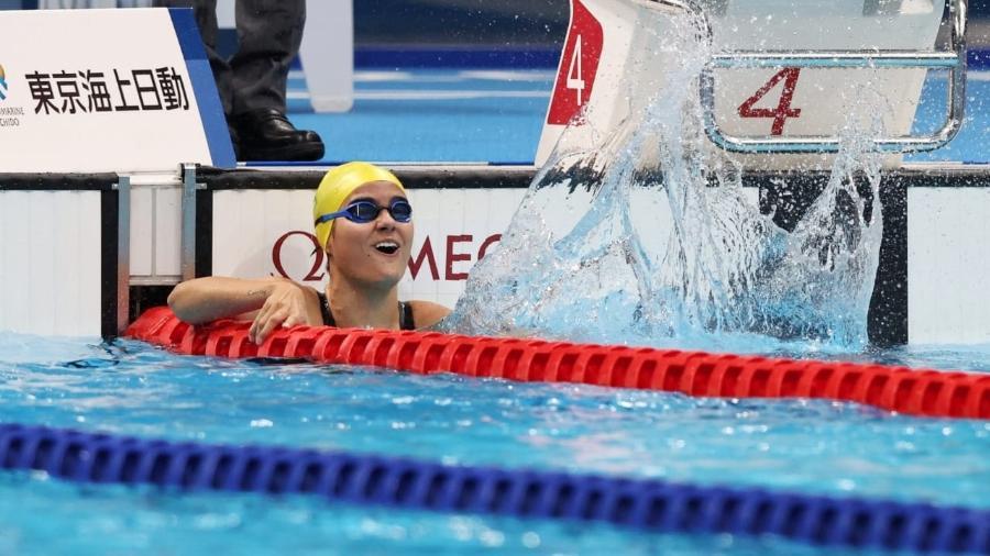 Mariana Ribeiro comemora medalha de bronze na natação - Miriam Jeske/ CPB