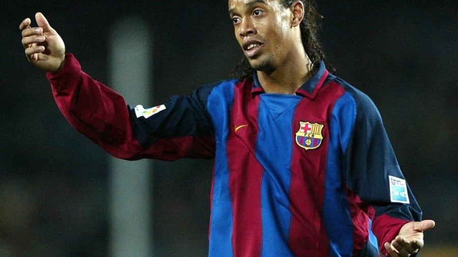 Ronaldinho Gaúcho brilhou no Barcelona e terá jogo da Liga dos Campeões reprisado - AFP