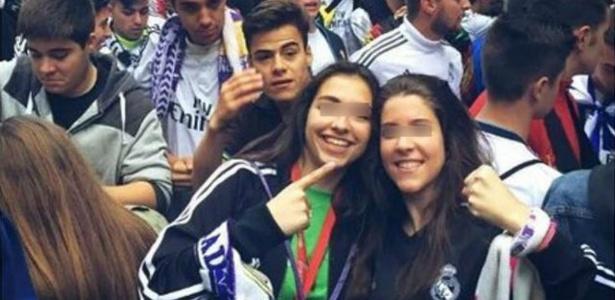 Sara Ezquerro (à esquerda) causou polêmica após posar com a camisa do Real Madrid