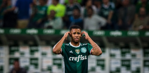 Gabriel Jesus desfalcará o Palmeiras no dérbi de sábado contra o Corinthians