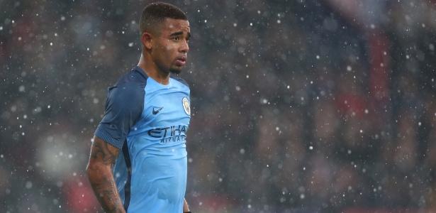Gabriel Jesus enfrenta frio em partida da Copa da Inglaterra