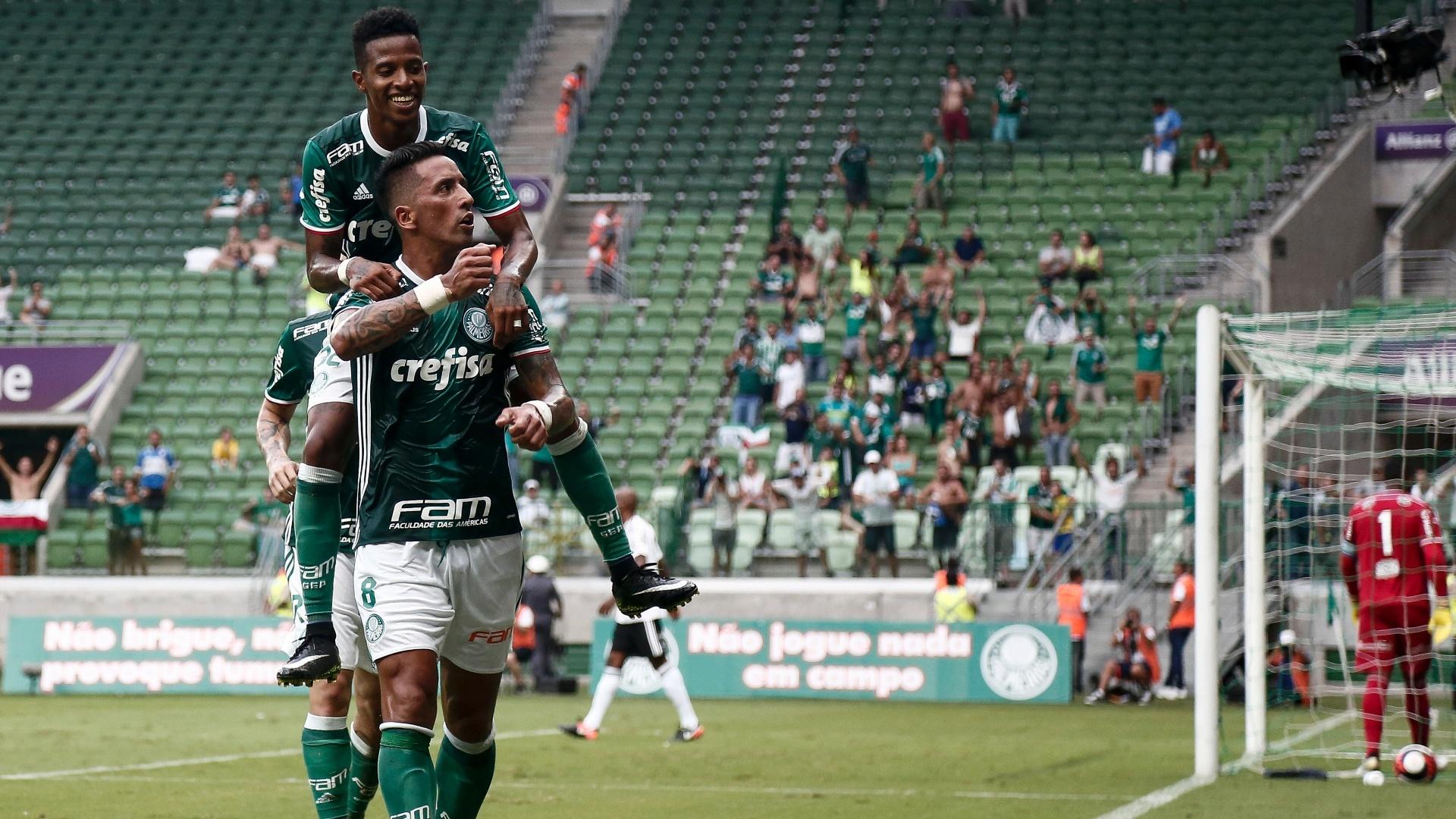 Barrios marca para o Palmeiras contra a Ponte Preta