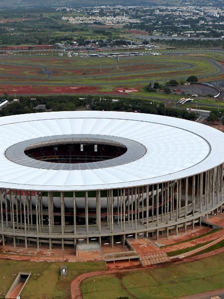 Estádio Mané Garrincha vai ser utilizado nas ações de socorro aos pacientes com covid-19 - Ueslei Marcelino/Reuters