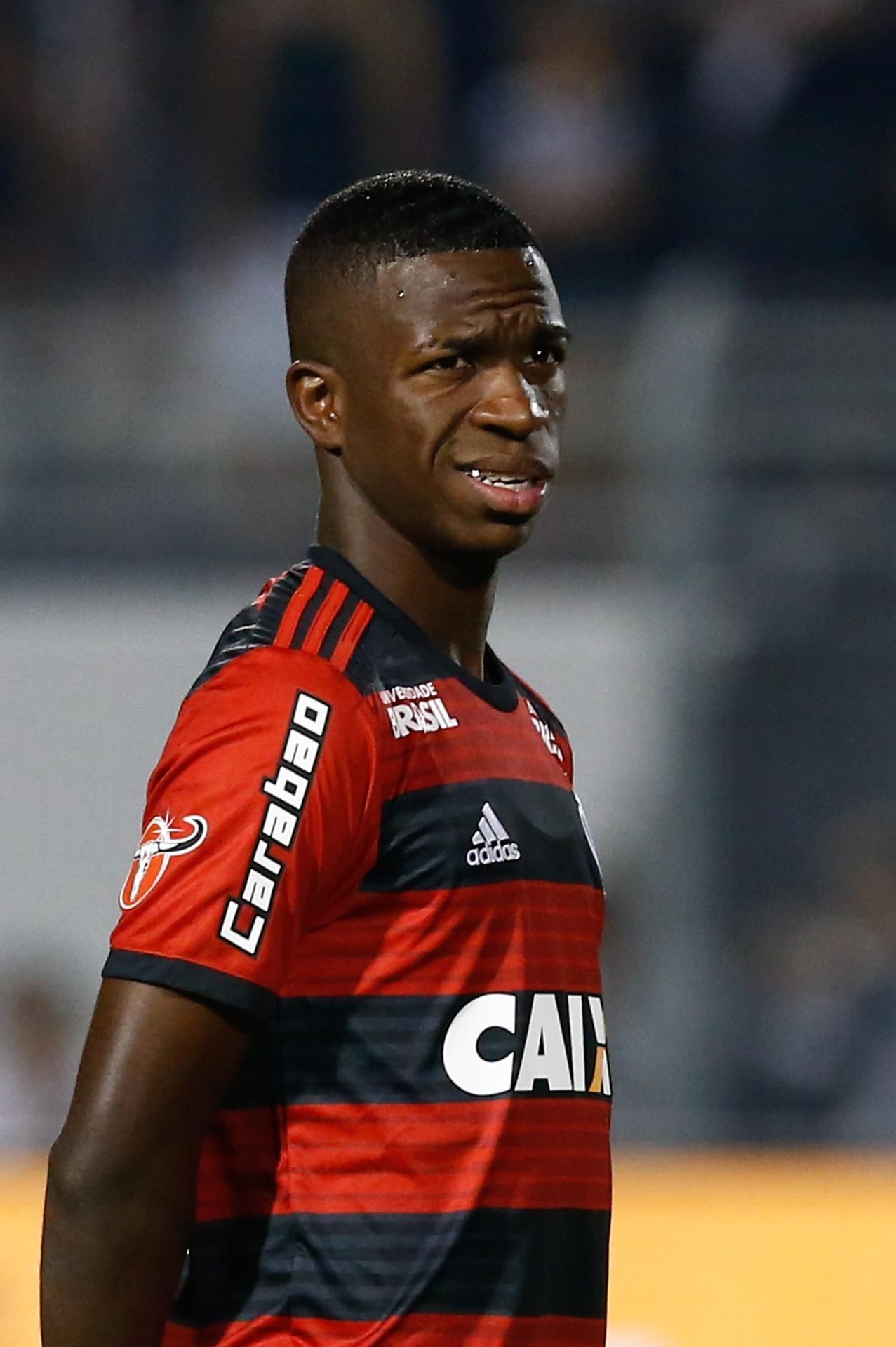 add1f523ed Vinicius Júnior deixa permanência no Fla em aberto