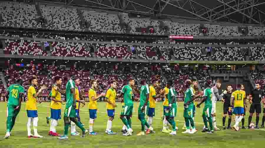 Seleção brasileira encarou Senegal em Singapura: logística criticada por longa viagem, lesões e estádio vazio - Pedro Martins/Mowa Press