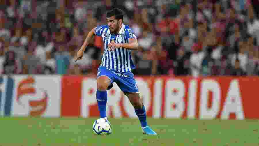 Brenner foi expulso na última rodada e desfalca Avaí contra o Palmeiras - Thiago Ribeiro/AGIF