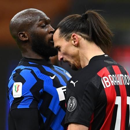 Lukaku e Ibrahimovic se estranharam no clássico de Milão pela Copa da Itália - Claudio Villa - Inter/Inter via Getty Images